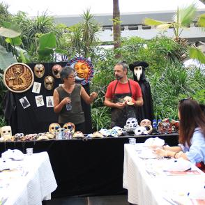 Happenings | Draw carnival mask with the Venetian mask Artists